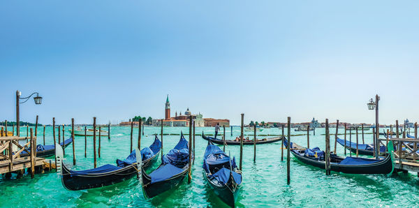 Country Roads of Italy Tours, couples and flights holiday experience